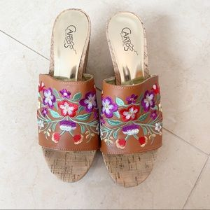 Carlos Santana Embroidered Wedge Sandals Size 8!